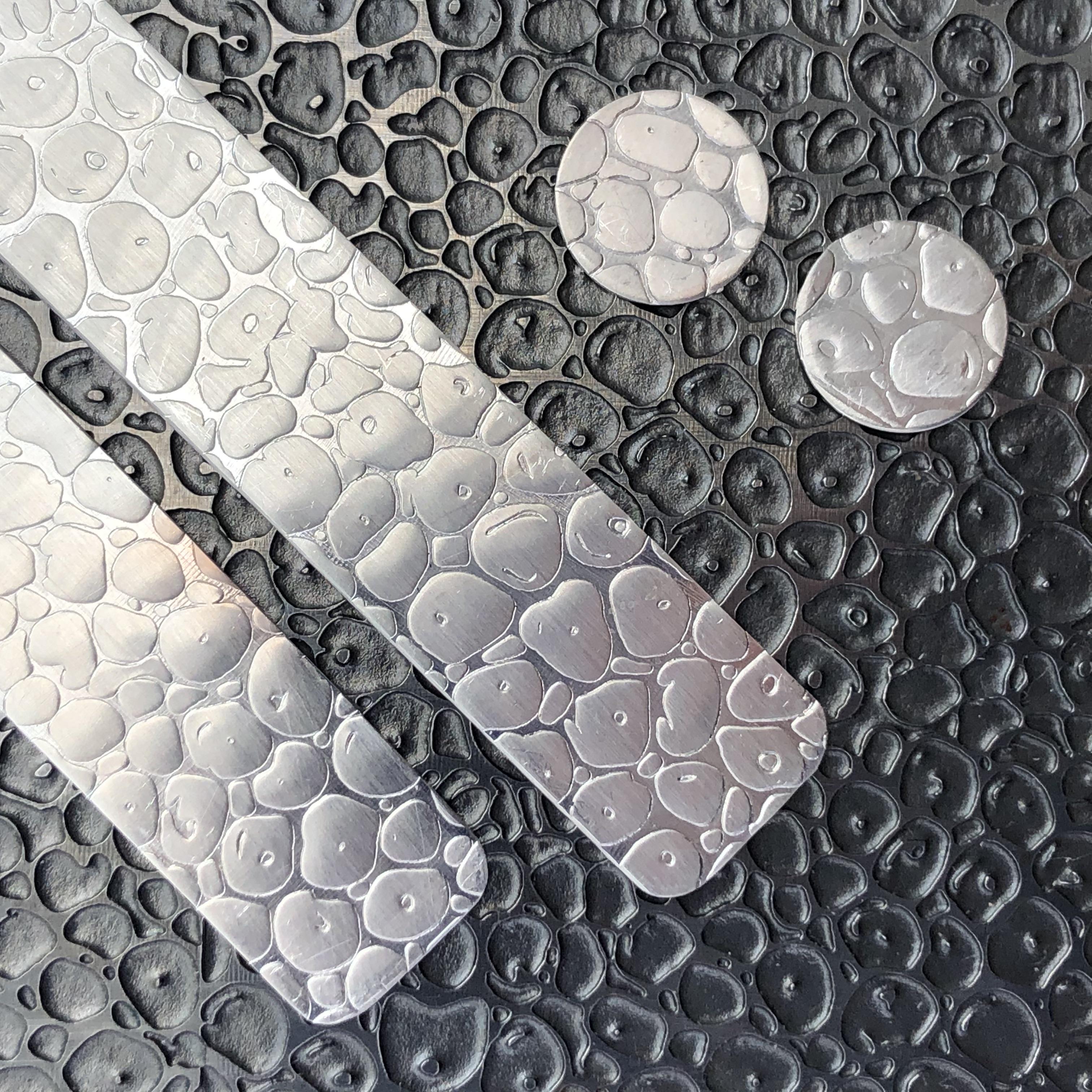 Patterning metal